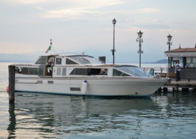 Tour-del-Lago-in-Barca-2-600x400-400x284